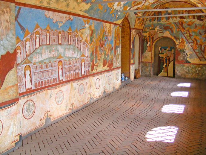 Фрески и полы в Ростовском Кремле